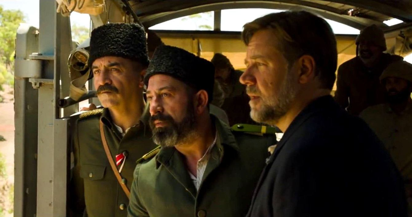 russell-crowe-in-the-water-diviner-movie-4